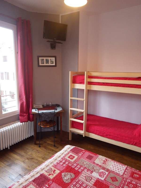 chambres-renovees-accueil-gite-vercors-17-600x800-925